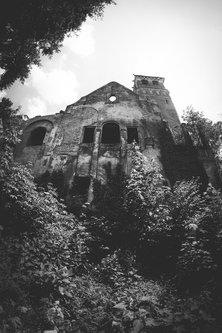 Oroku Dvorac ˝Baba Pusta˝