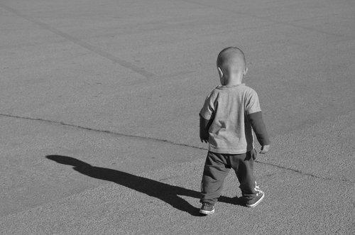 Popovic DSC 0275y  Dječak i sjenka