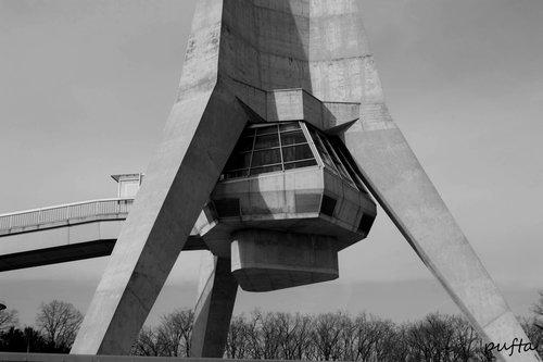 Pufta Avalski toranj