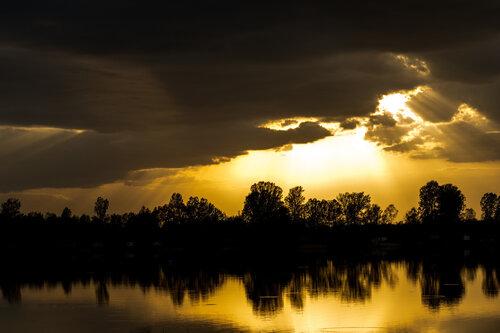 Pukylly Zalazak na jezeru