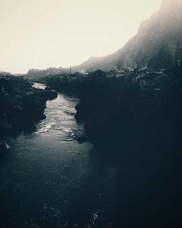 Raneberg Ima jedna modra rijeka