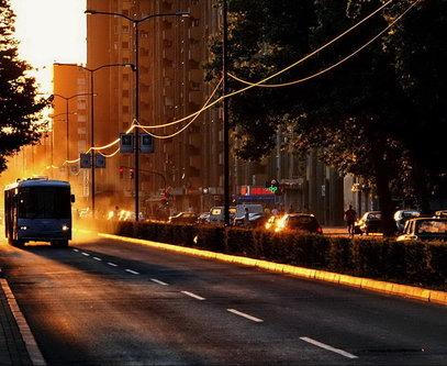 Steva Za dobrim autobusom prašina se diže
