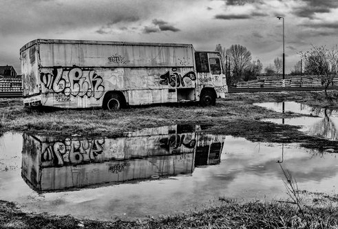 Tanja Old graffiti truck
