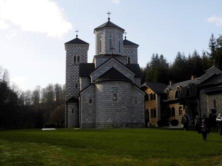 Taxan Manastir Stuplje