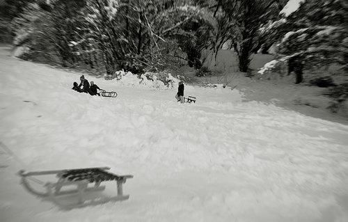 TheLadyD Sneg i raspust-šta više deci pozeleti?! :)