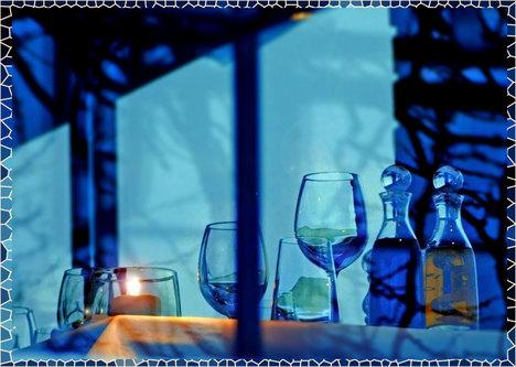 TheLadyD Igra senki na prozoru restorana