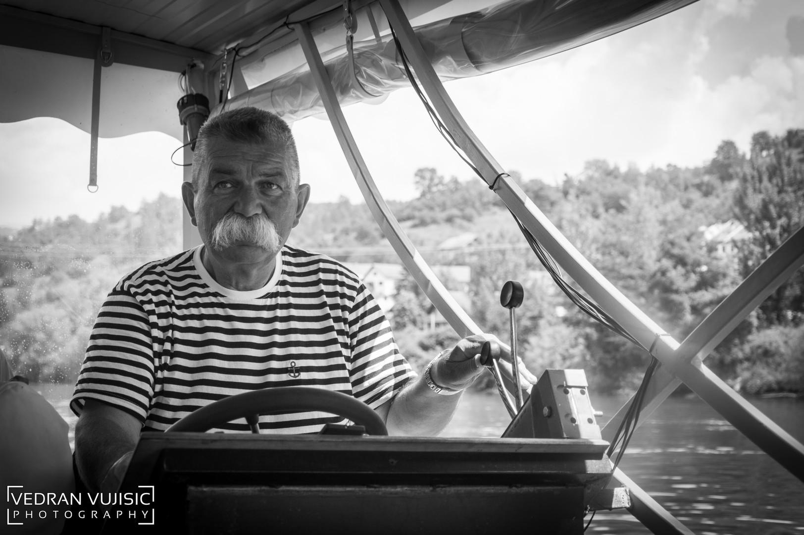 Brodić na Drini