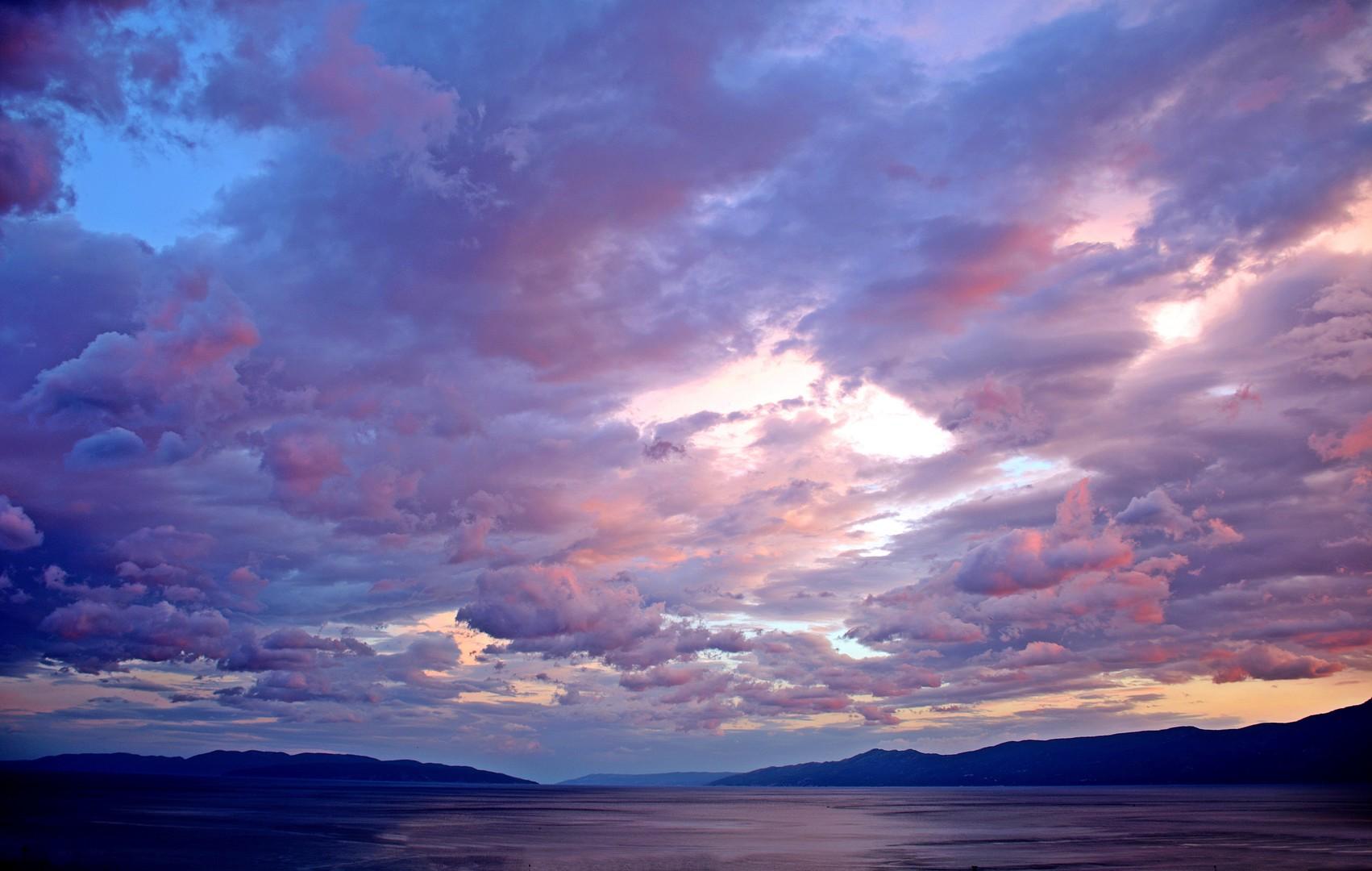 Nebo poslije bure