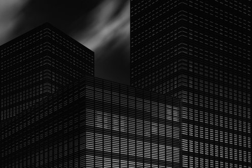 anaumceski dark city