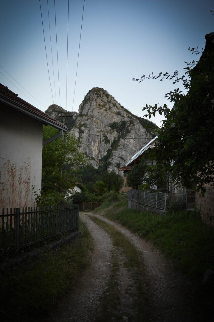 Put u selu Vlasi