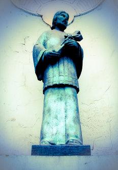 djLeki statua