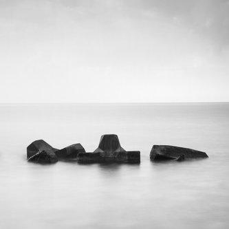 djolum Tri kamena