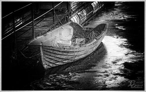 dragan Čamac za spašavanje u nuždi
