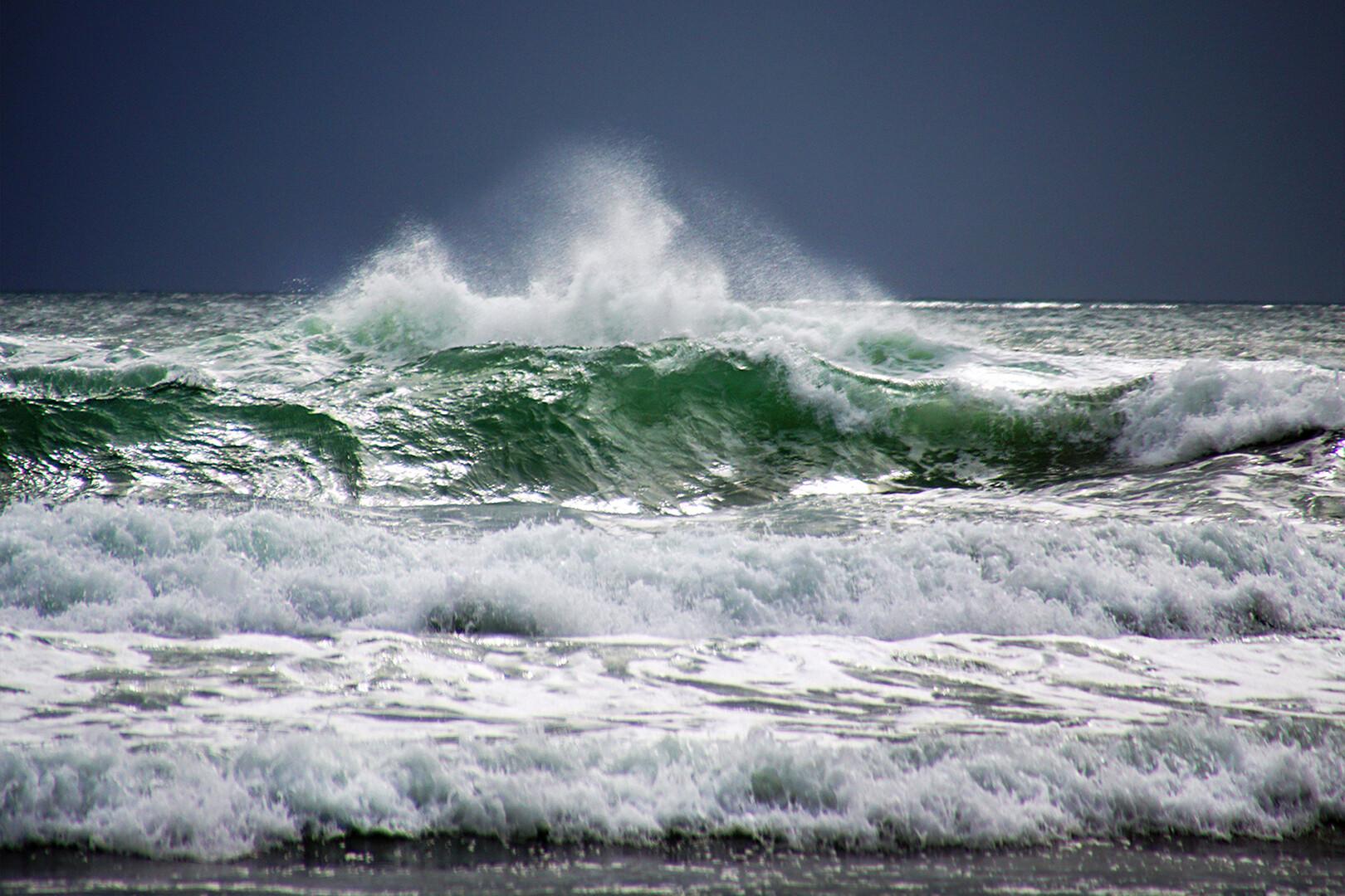 Zivot je more, pucina crna...