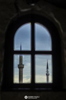 ermin1988 Pogled kroz prozor