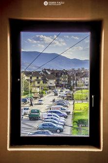 ermin1988 Pogled kroz prozor u pravi svet