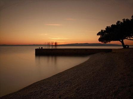 felixthecat6 Desapearing into Sunset