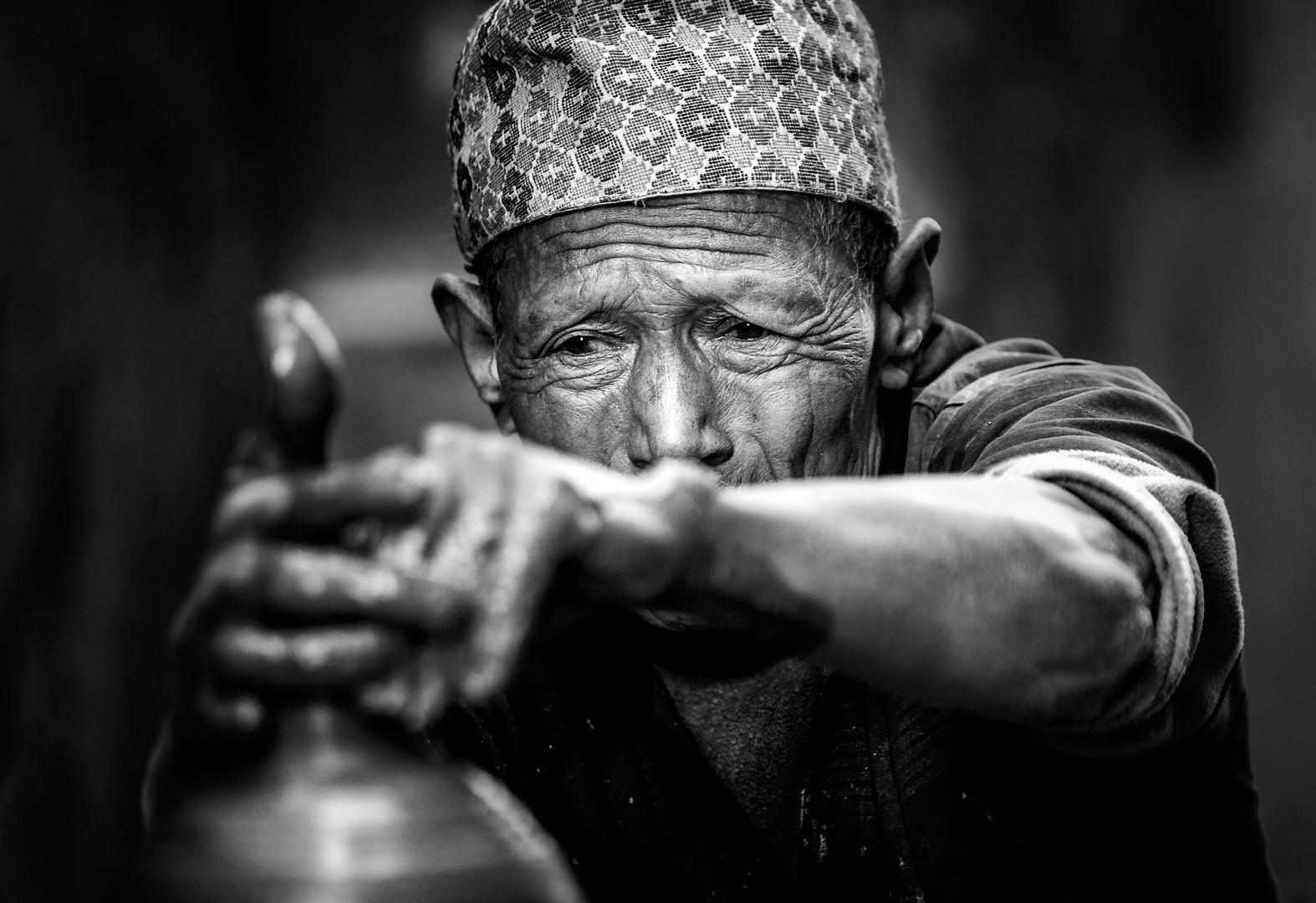 Lončar-Nepal.