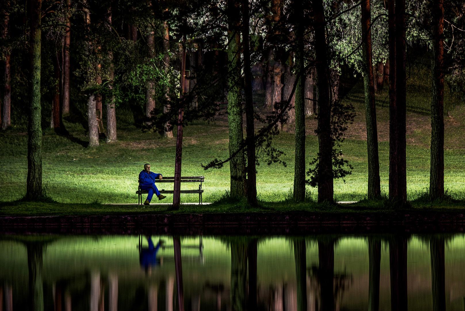 Ponoc na jezeru