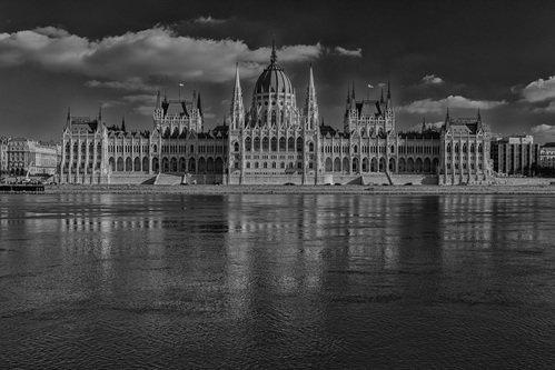 markovl Budapest Parliament