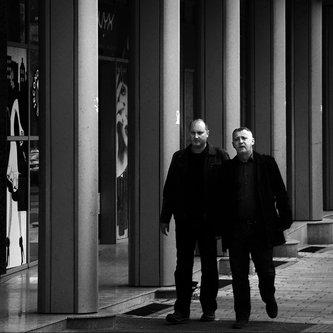milos_krstic Men in black