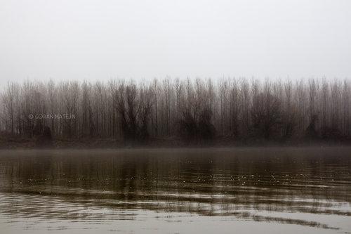 morphography Zimsko jutro na reci
