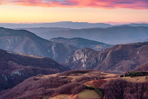 petarlackovic Jutro na planini