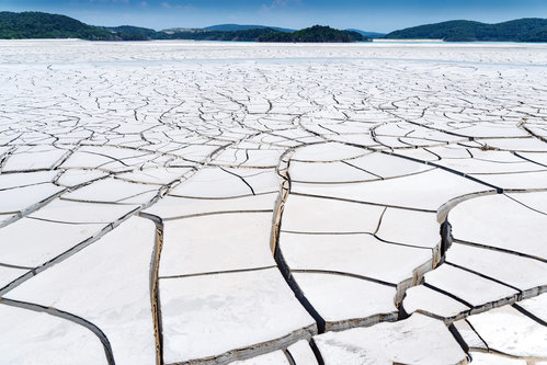 petarlackovic Na dnu otrovnog jezera