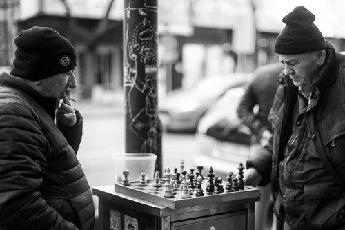 petarlackovic Život igra šah