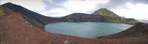 robert kad jezero ispuni vulkan