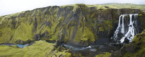 robert Stara lava, mahovina i vodopad