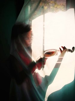 umornipesnik decak i violina