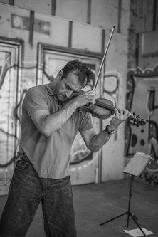 vukashin Portret uličnog violiniste